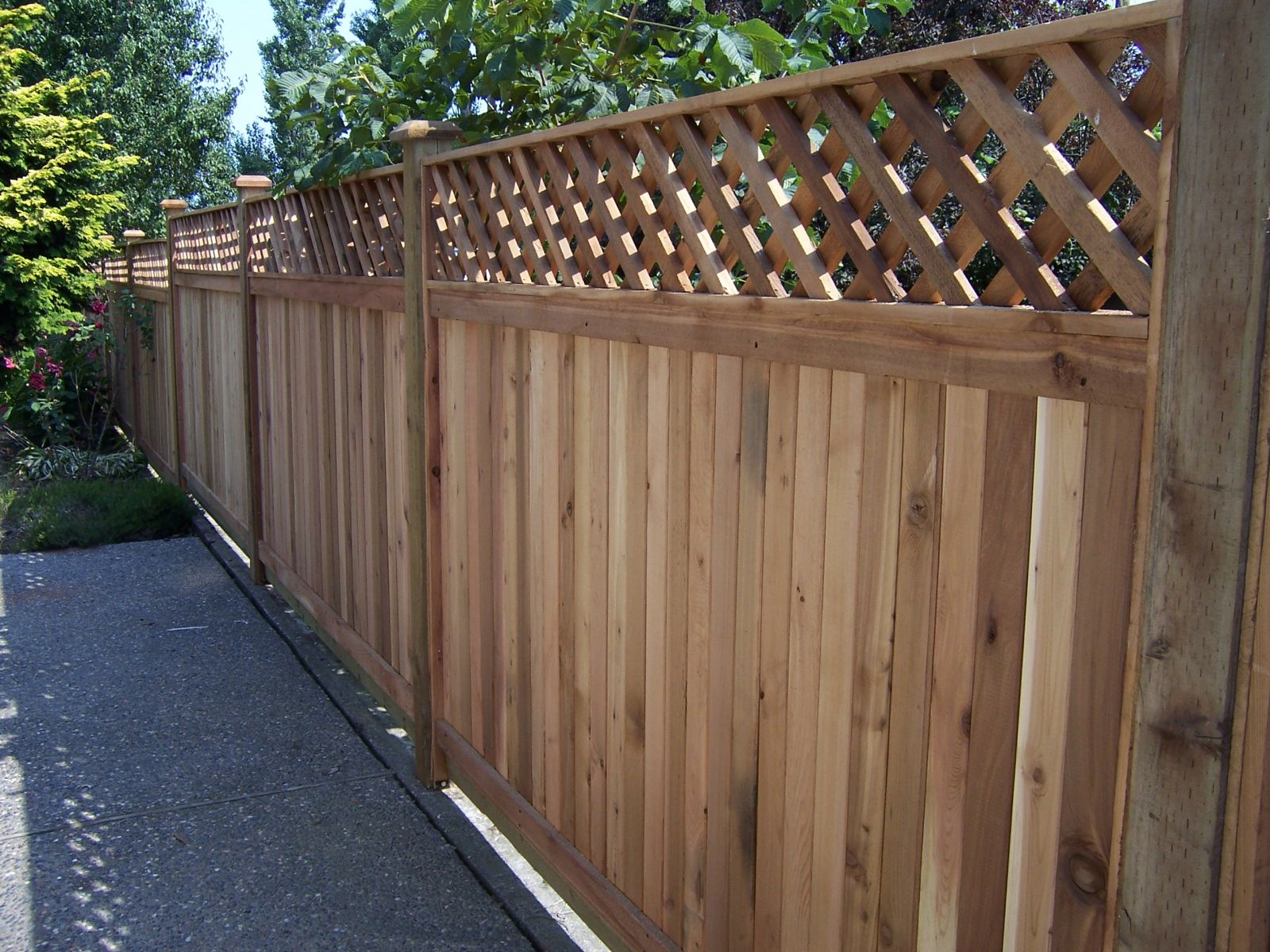Staining vs Painting Wooden Fences