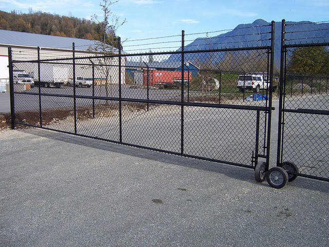 Commercial chainlink fencing in Chilliwack