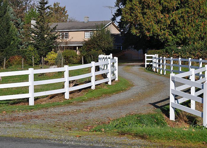Why choose A & G Fencing for your fencing projects in the Fraser Valley