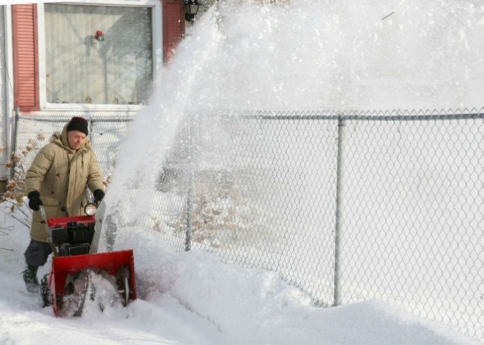 4 Simple Tips to Prepare Your Fence For Winter