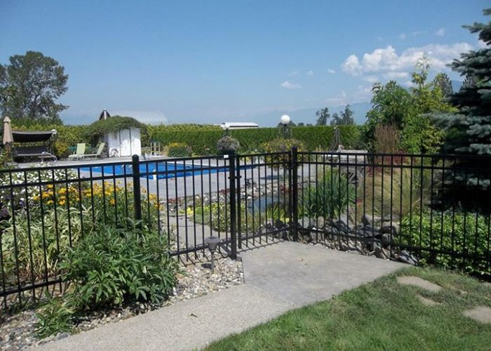 The Best Options For Your Swimming Pool Fence